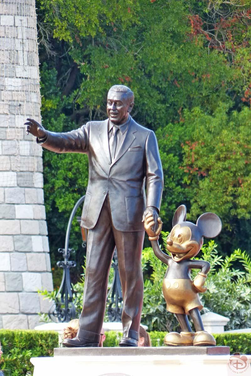 Partners Statue - Magic Kingdom