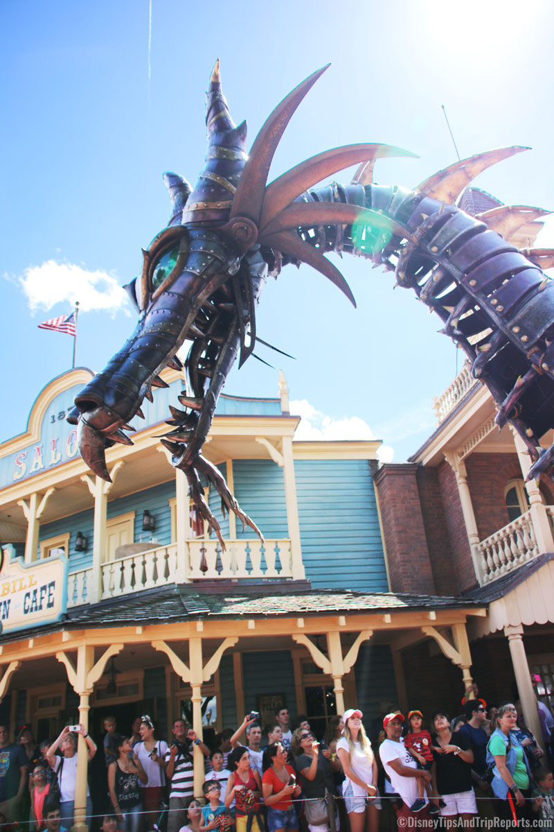 Festival of Fantasy Parade - Magic Kingdom - Maleficent Dragon