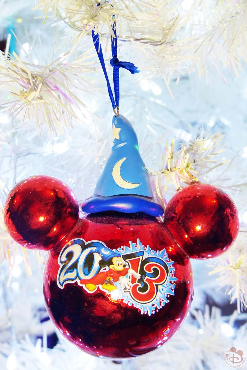 Disney christmas decorations for home - Walt Disney World 2013 Mickey Mouse Christmas Ornament