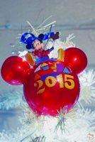 Walt Disney World 2015 Mickey Mouse Christmas Ornament
