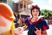 Snow White - Happy - Festival of Fantasy Parade - Magic Kingdom